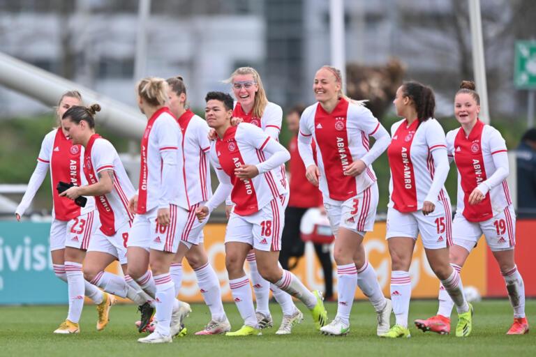 Ajax Vrouwen kunnen over een paar jaar juichen in een echt stadion