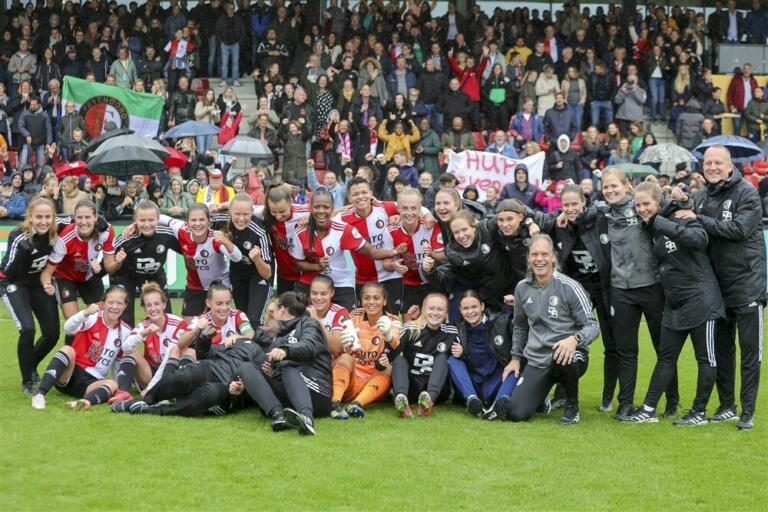 Feyenoordvrouwenvarkenoord 615c19c6f0a53