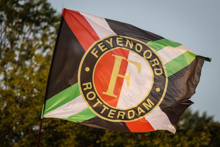 Op feyenoord vlag logo alg 6132658645ff4