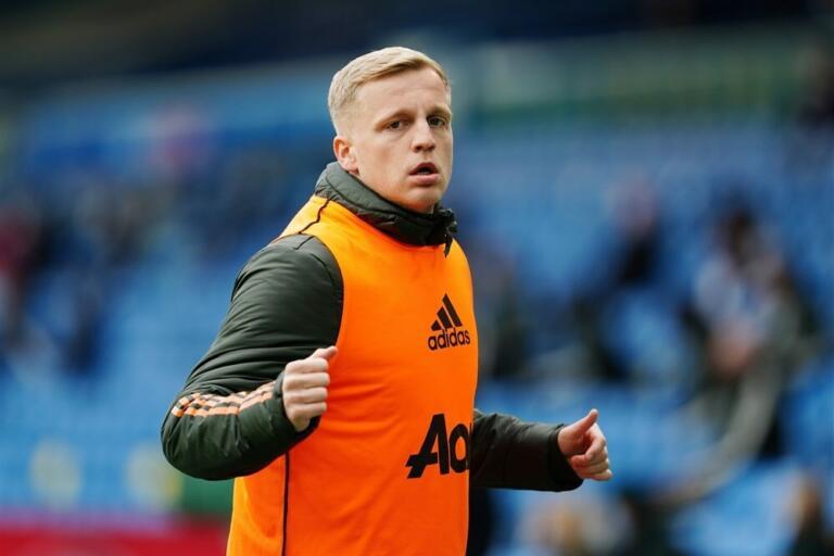Donny van de Beek als reserve bij Manchester United