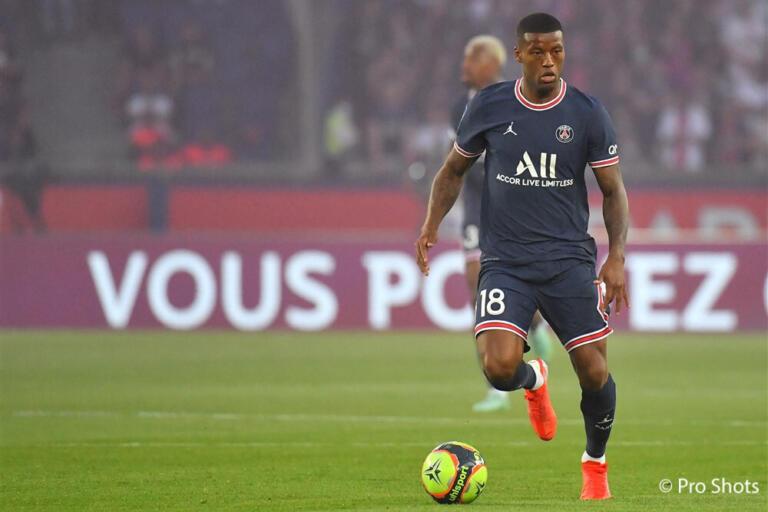 Georginio Wijnaldum in actie voor Paris Saint-Germain